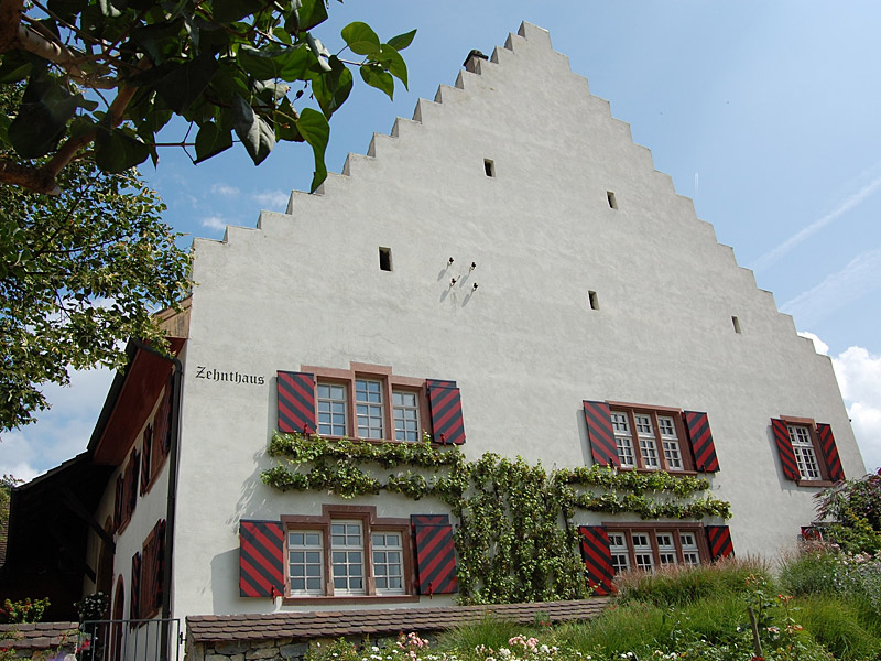 Fassade des Zehnthauses