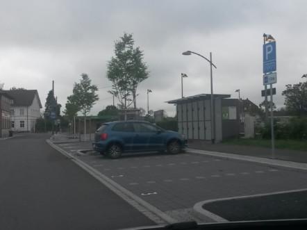 Kiss + Ride Parkplatz Wyhlen